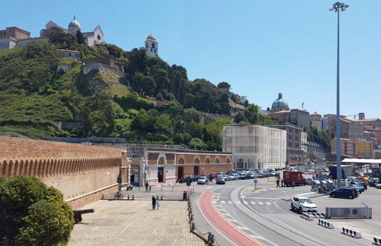 View 0_12fotomontaggio SimT3